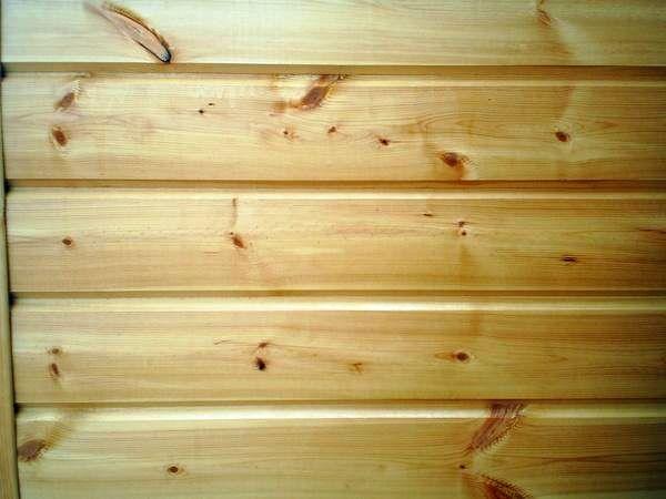 Деревянные стены бани