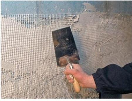 Использование пластиковых панелей для отделки стен в моечной