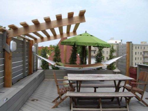 Пример организации места отдыха на плоской крыше