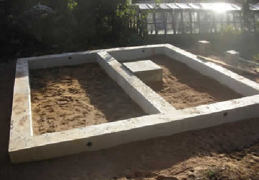 fundament-s-ploschadkoy-pod-pech