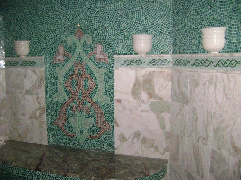 В турецкой бане нет места дереву - тут все выполнено из камня