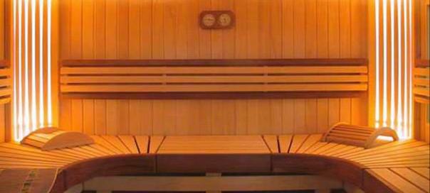 Инфракрасная сауна с декоративными элементами