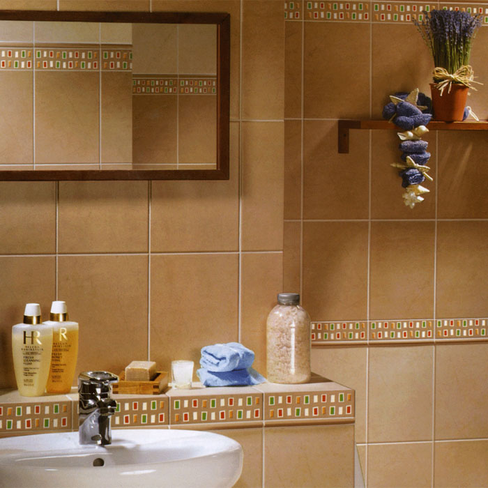 Керамическая плитка в моечной комнате бани
