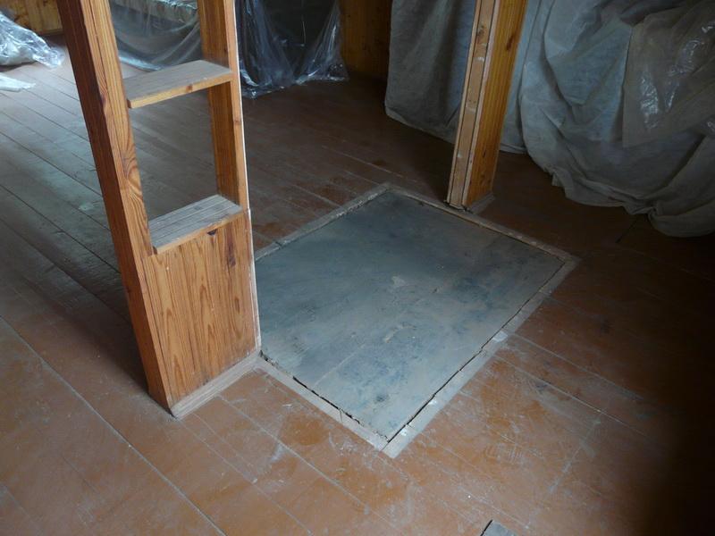 Не важно из какого материала будет выполнять пол в бане, под печкой должен быть бетон