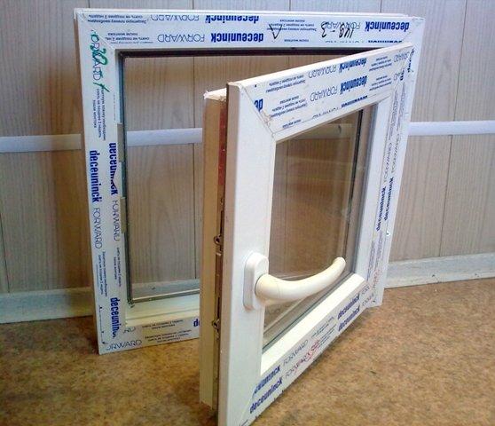 Пластиковые окна имеют, как положительные, так и отрицательные показатели